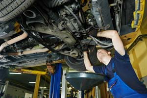 Transmission Service - Cottman Man - Cottman Transmission And Total Auto Care